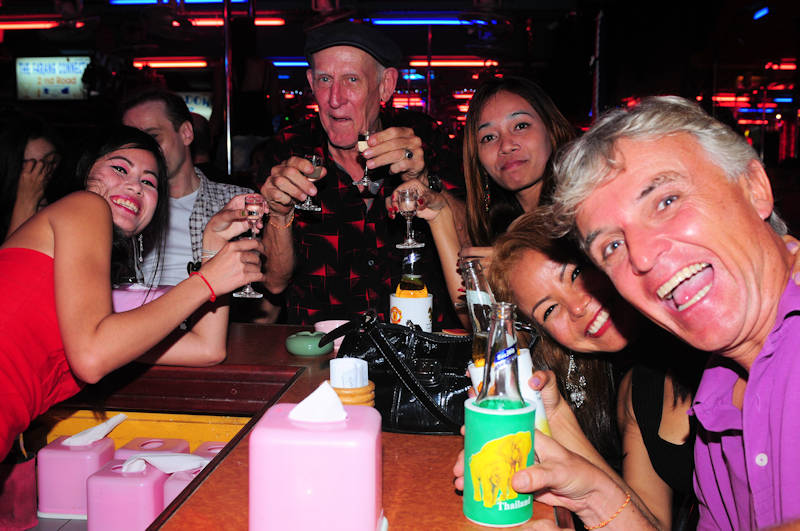 Sexy Pattaya bar girls