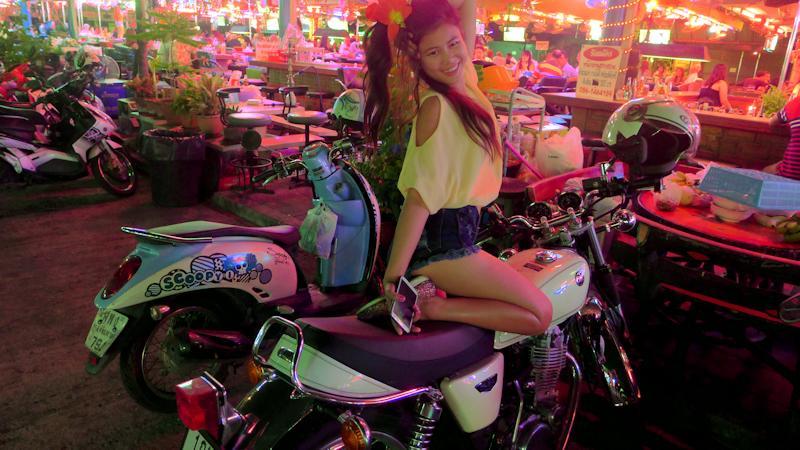 Kwan and my Yamaha SR 400 motorbike