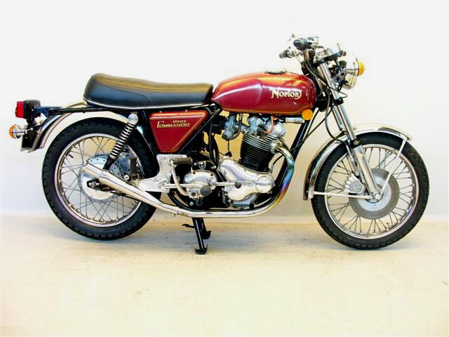 Norton 850 Commando
