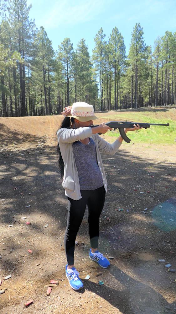Thai girlfriend meeting guns