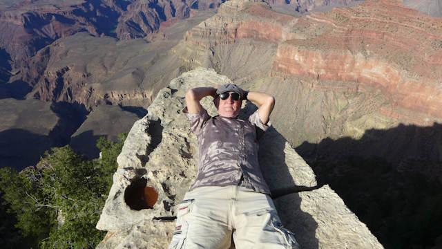 Temping disaster. Jack Corbett at the knife's edge at the Grand Canyon
