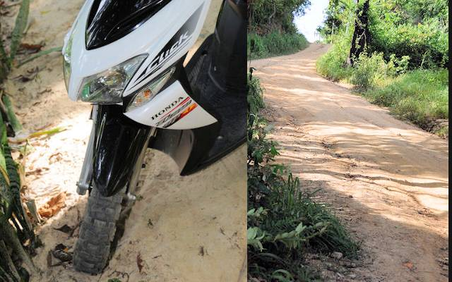Honda Click off road