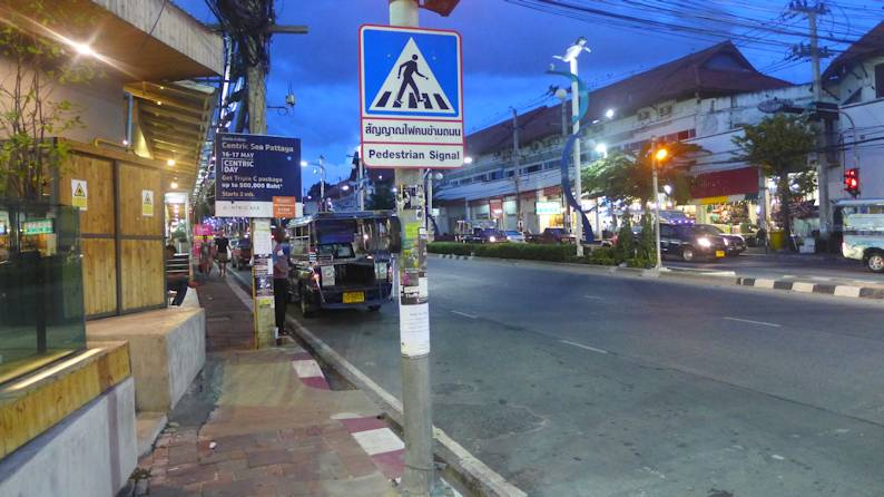 Pedestrian crossing of North Pattaya Road