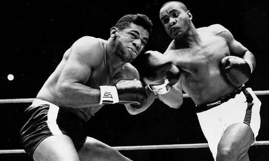 Big Bad Sonny Liston knocks out Floyd Patterson